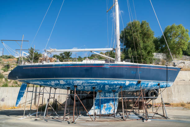 boat repair Boise ID old blue boat needs maintaining